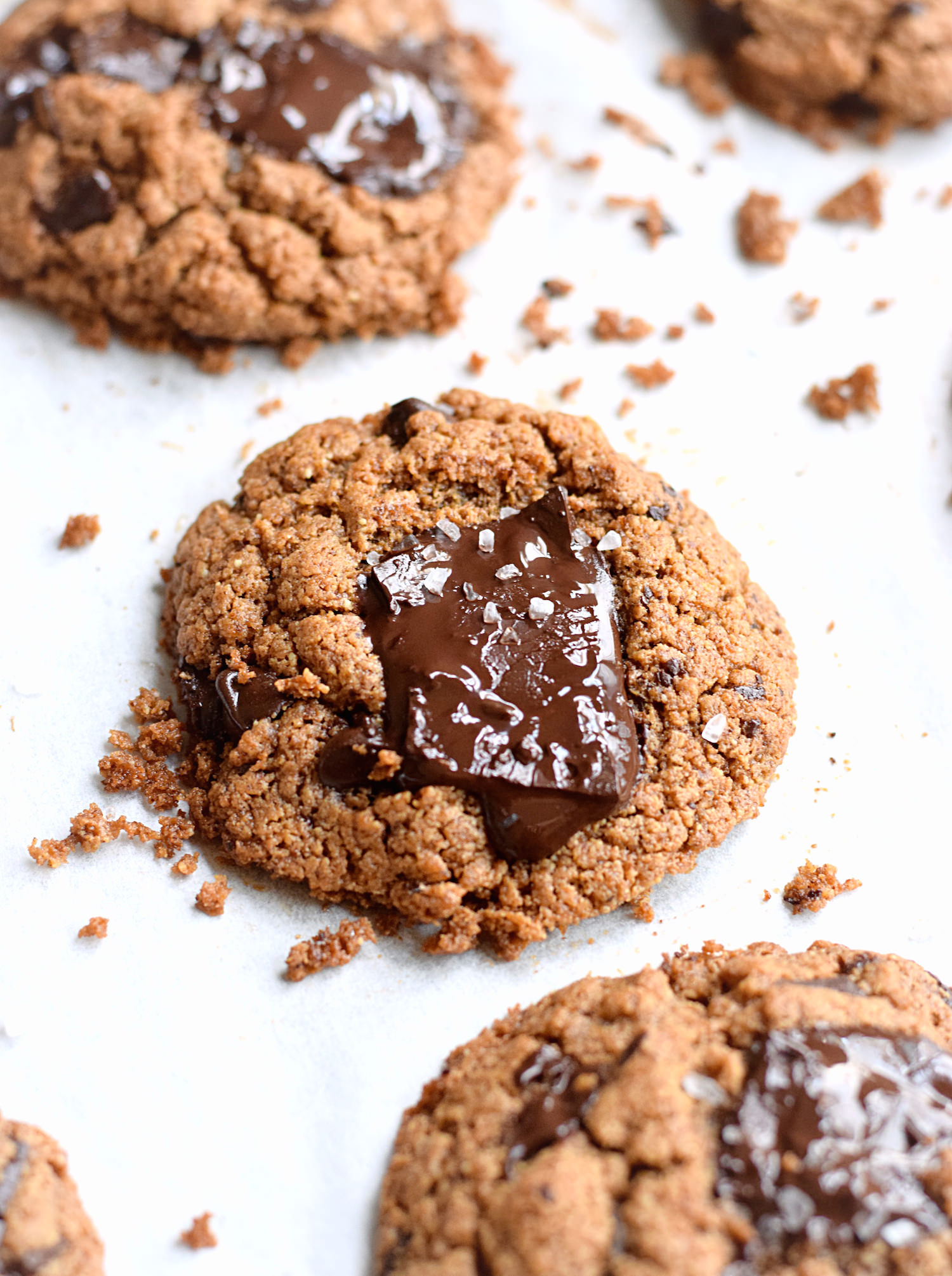 Wholesome Flourless Almond Butter Cookies – soft, chewy cookies loaded with chocolate chunks made without any gluten, dairy, oil, or refined sugar. Seriously addictive!   Trufflesandtrends.com