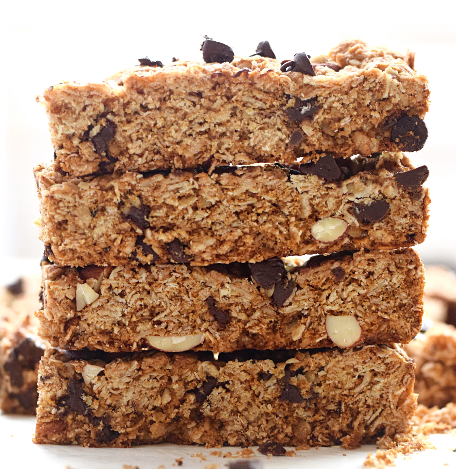 Soft Granola Bars – soft, chewy, easy, wholesome granola bars with chopped almonds and chocolate. My favorite granola bars recipe! | trufflesandtrends.com