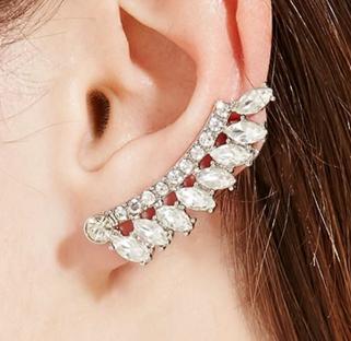 Forever 21 rhinestone ear cuff