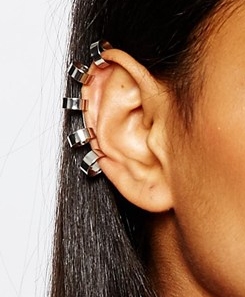 River Island ear cuff