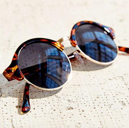 UO Circle Master Sunglasses