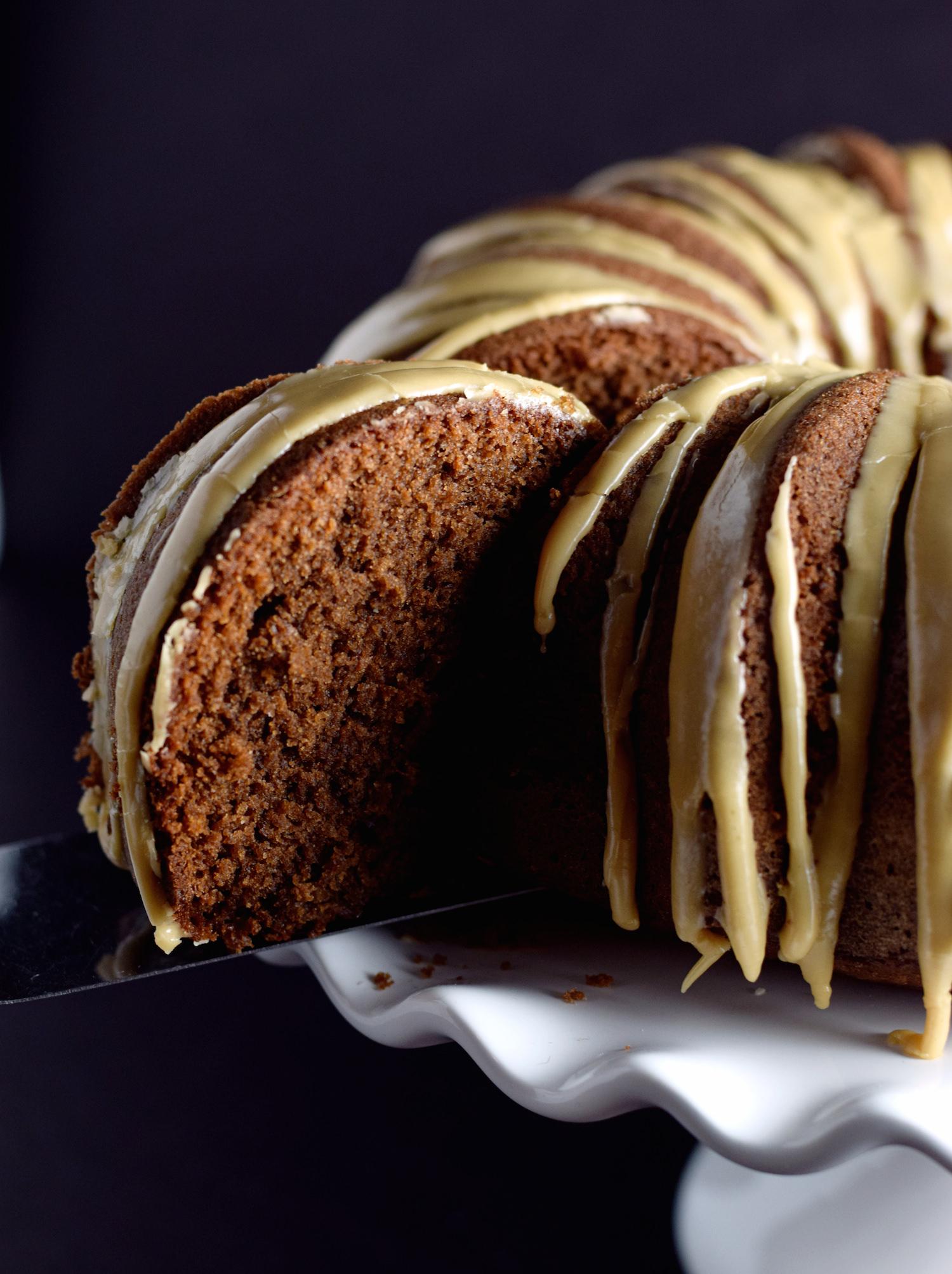 Coffee Chocolate Bundt Cake | TrufflesandTrends.com