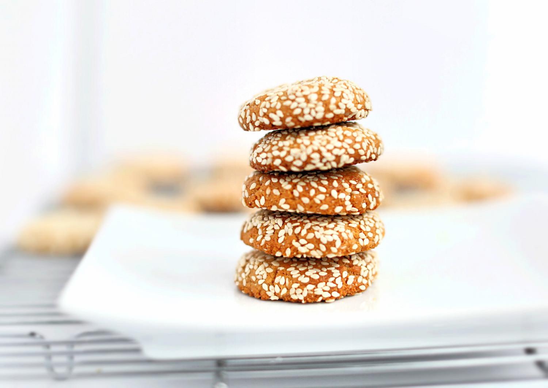 Wholesome Gluten-Free Tahini Cookies | TrufflesandTrends.com