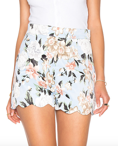 SCALLOPED FITTED SHORT LUCCA COUTURE