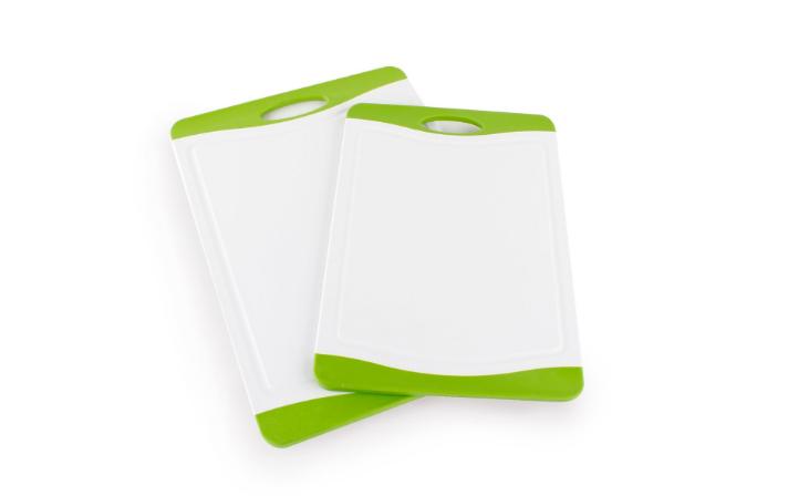 Cutting Boards - 8 More Bonus Baking Tools | TrufflesandTrends.com