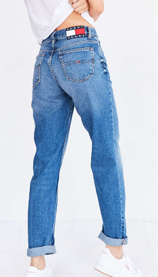 Tommy Jeans For UO '90s Mid-Rise Mom Jean