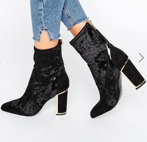 River Island Studio Velvet Block Heeled Ankle Boot
