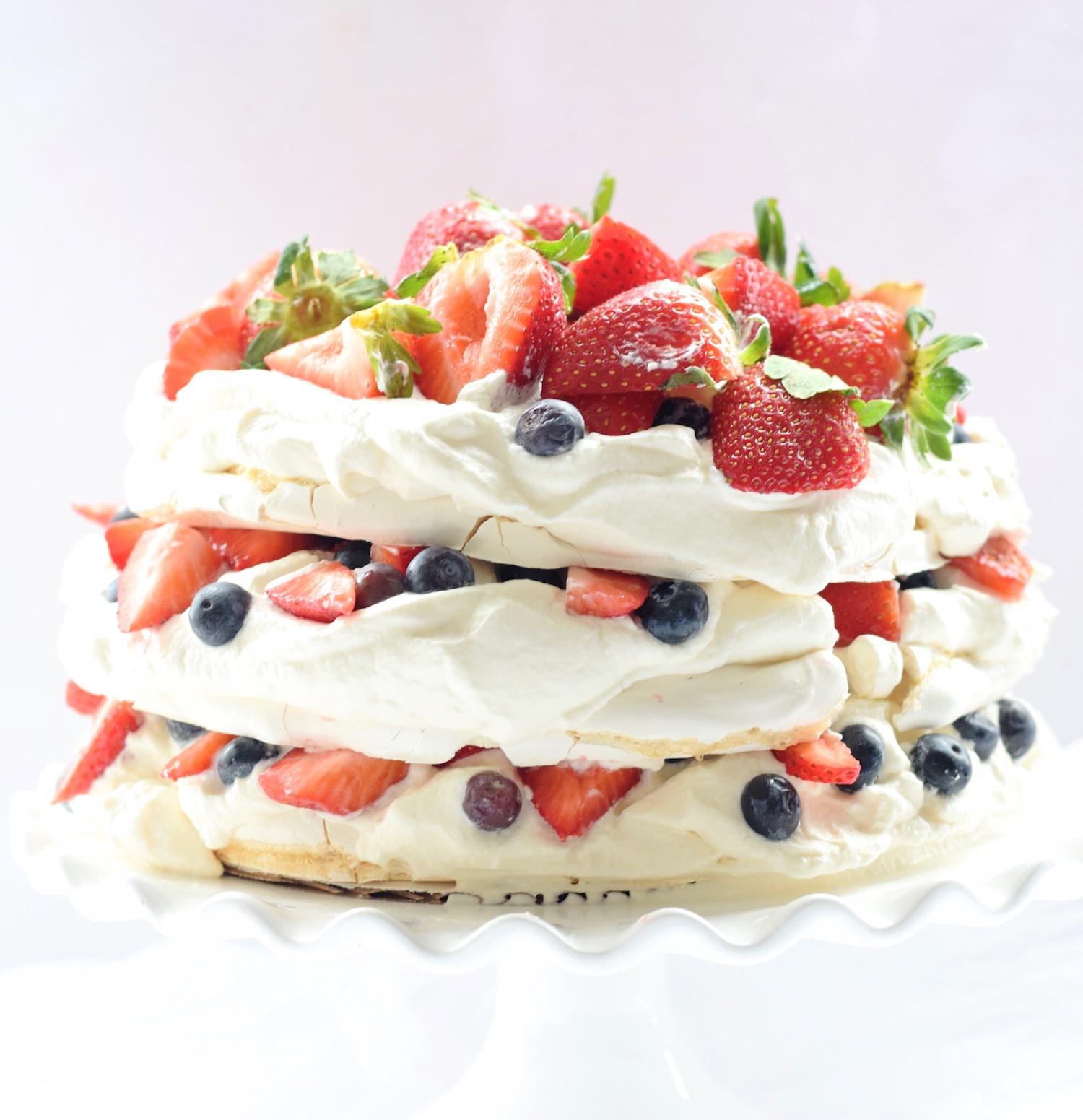 Mixed Berry Pavlova Layer Cake | TrufflesandTrends.com