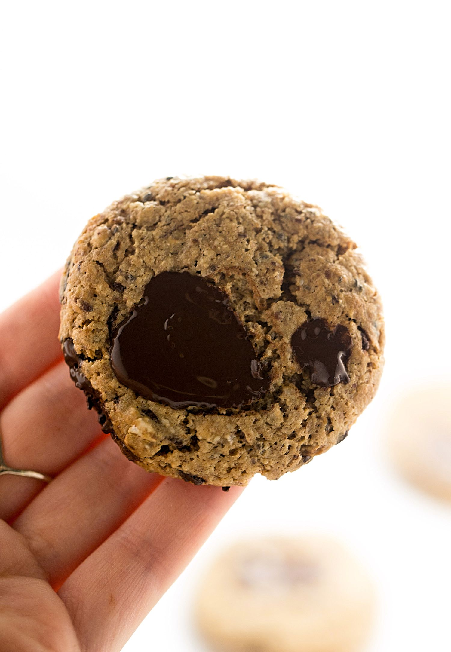 Wholesome Breakfast Cookies: soft, rich, delicious, nutrient-dense cookies made with nuts, oats, seeds, and chocolate chunks. So good! | Trufflesandtrends.com