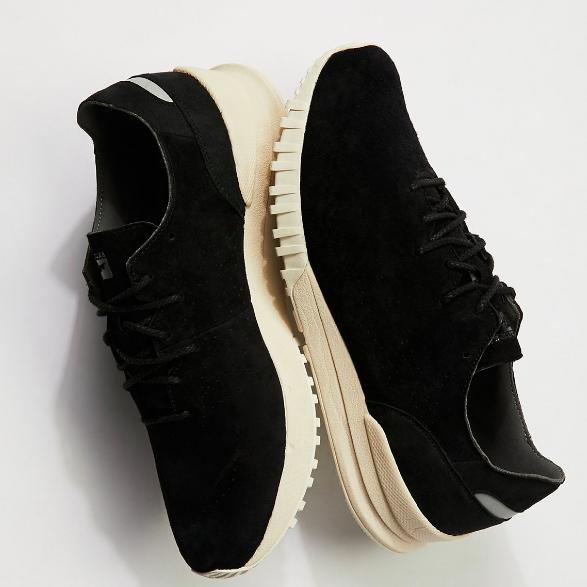 Asics Samsara Lo Hiker Sneaker