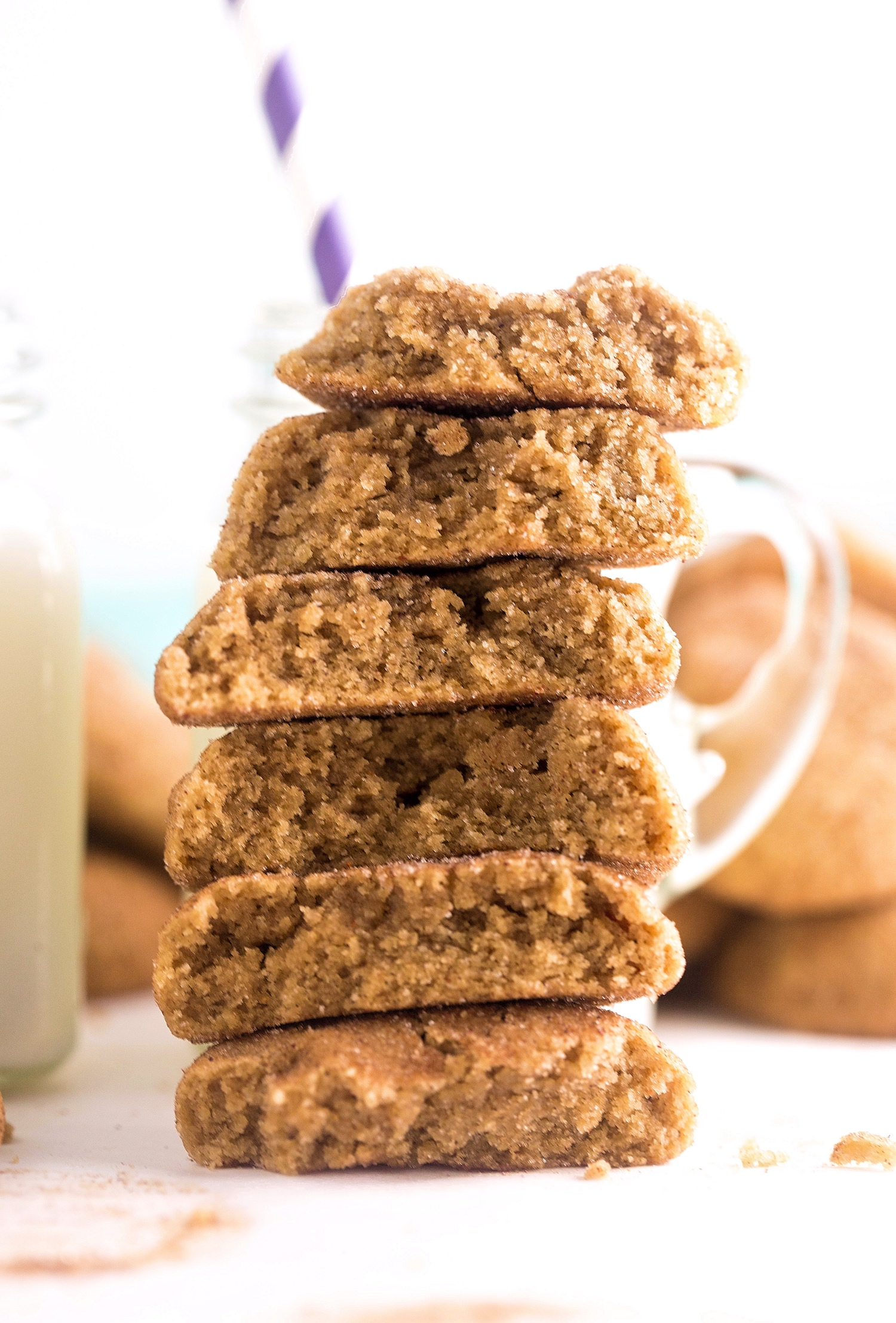 No-Butter Chai Spiced Cookies: soft, puffy, gooey, thick coconut oil cookies filled with and rolled in chai spices. Quick and easy! | TrufflesandTrends.com