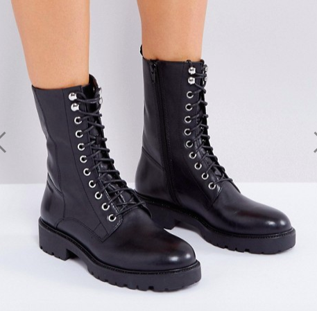 Vagabond Kenova Black Leather Flat Utility Boots