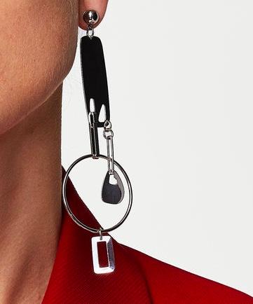 Mango Metal pendant earring