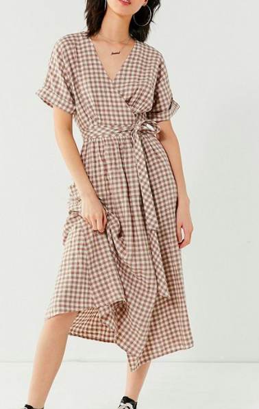 UO Gabrielle Linen Midi Wrap Dress