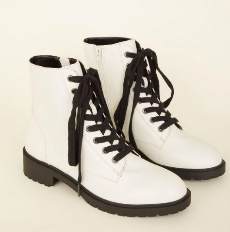 NEW LOOK White Lace Up Chunky Boots