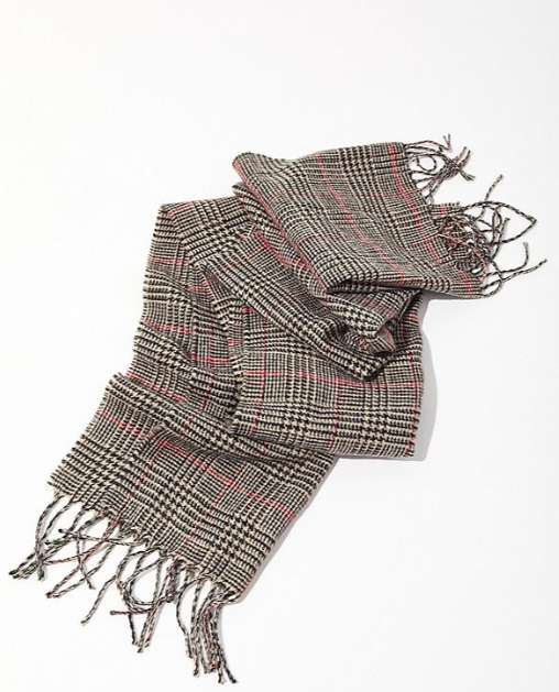 UO Prince Of Wales Checkered Scarf $29.00