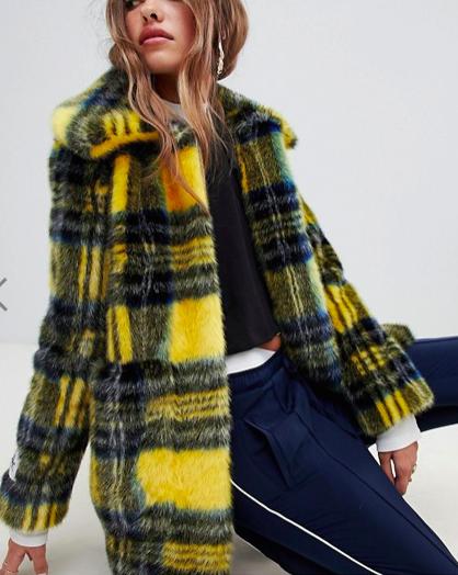 Jakke mid length faux fur coat in check