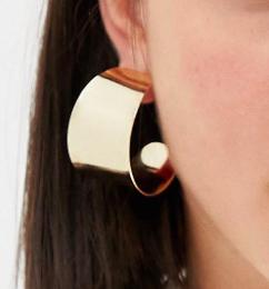 Warehouse clean hoop earrings in gold