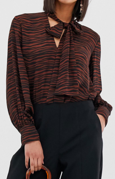 Warehouse pussybow blouse in tiger print
