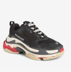 Triple S Low Top Sneaker BALENCIAGA