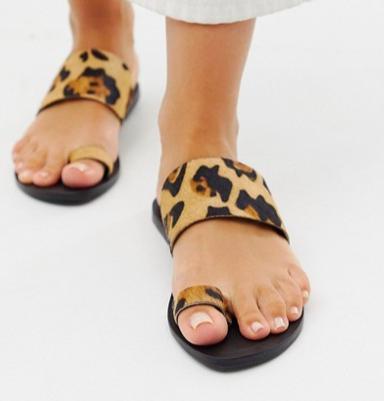 ASOS DESIGN Wide Fit Faro leather toe loop flat sandals