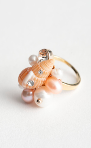 Stories Pearl Shell Ring