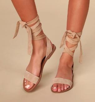Reputation Lace-Up Sandal  STEVE MADDEN