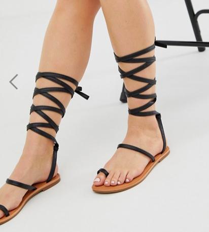 RAID Kruise black toe loop flat sandals