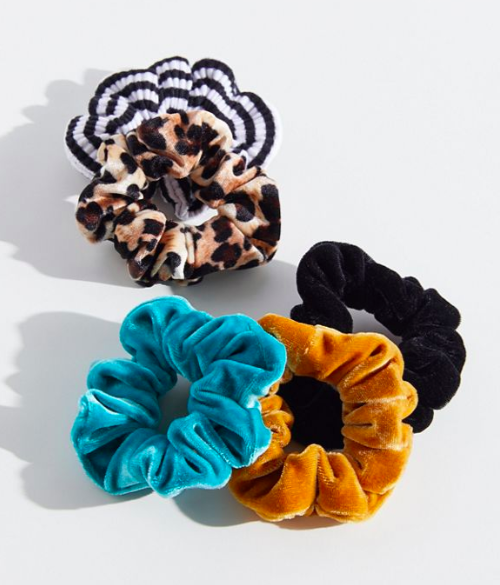 UO Velvet Hair Scrunchie Set
