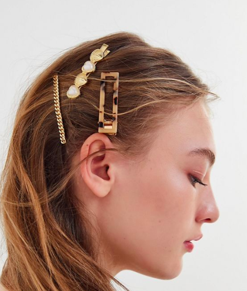 UO Cute Hair Pin Set