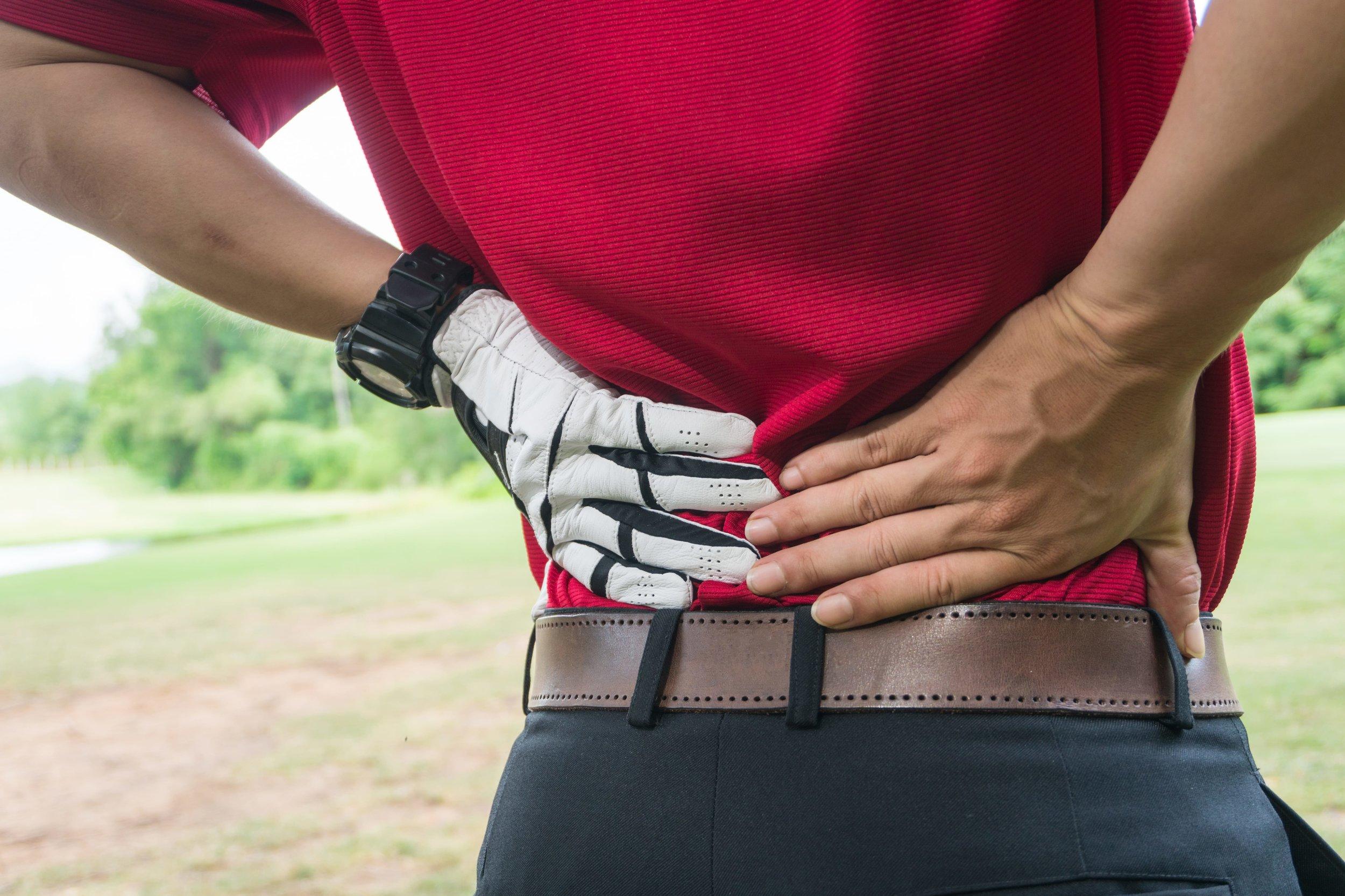 golf back pain.jpg