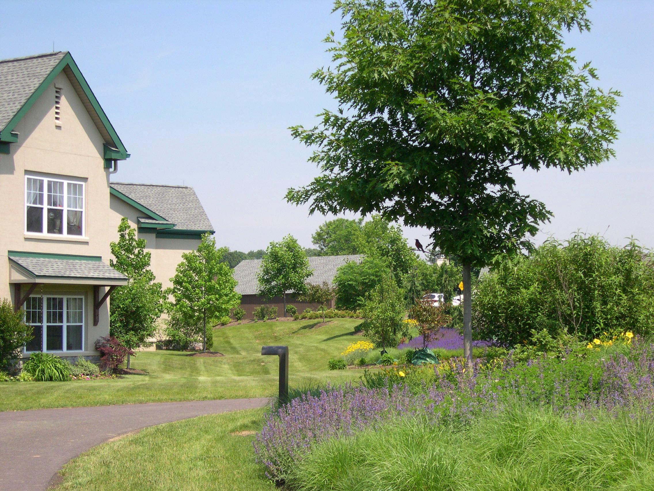 Pennswood-Gardens1.jpg