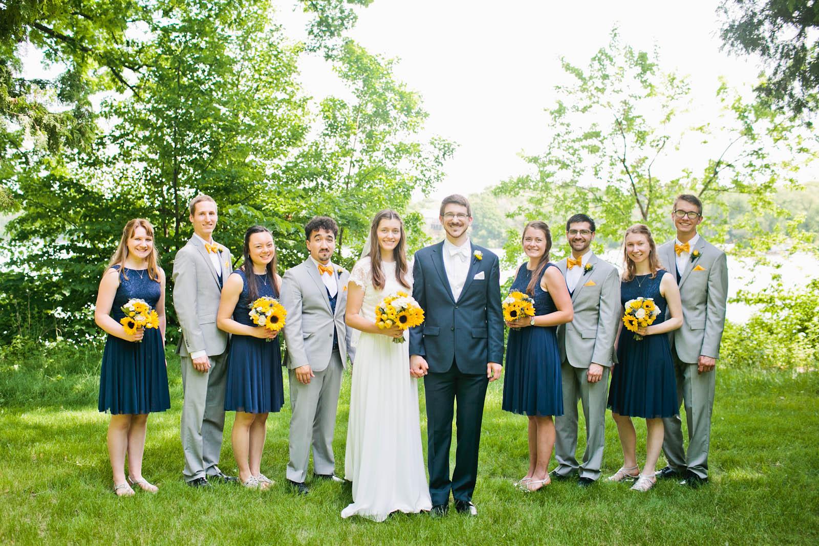 premiere iowa wedding photographer fall wedding 2018 bride