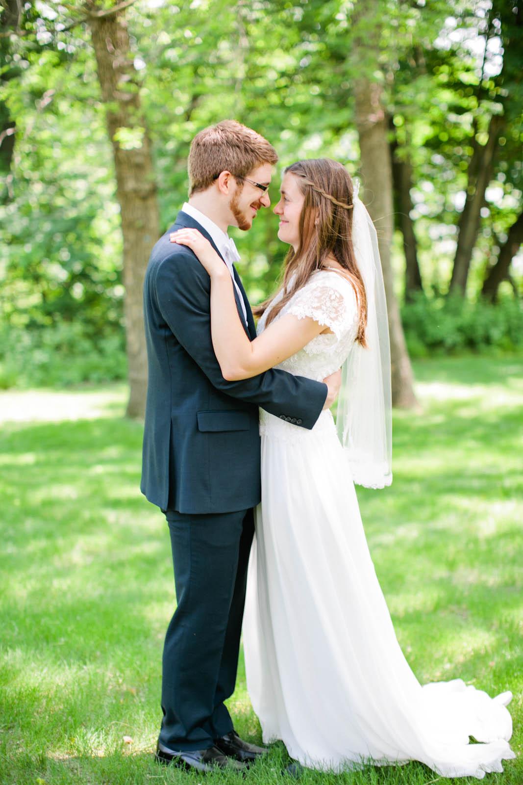 twin cities wedding photographer-35.jpg