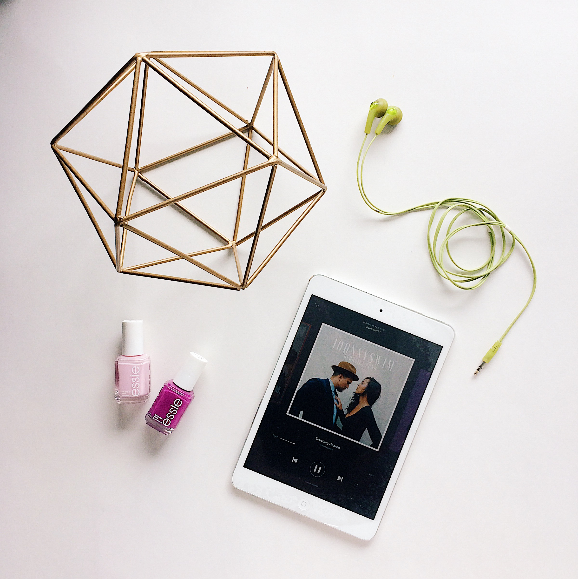 flatlay product photographer iowa best music of summer 2017