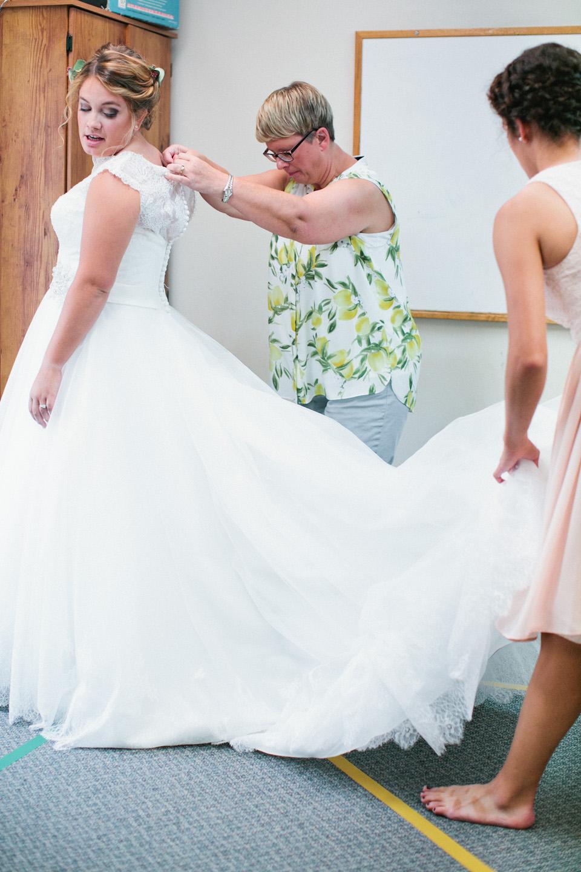 Grundy Center Wedding Photography