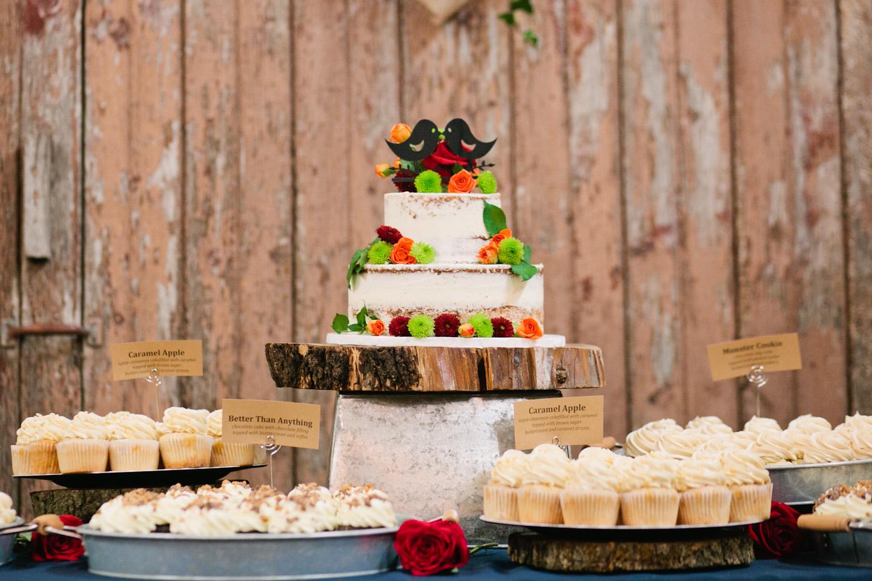wedding cupcakes and naked wedding cake