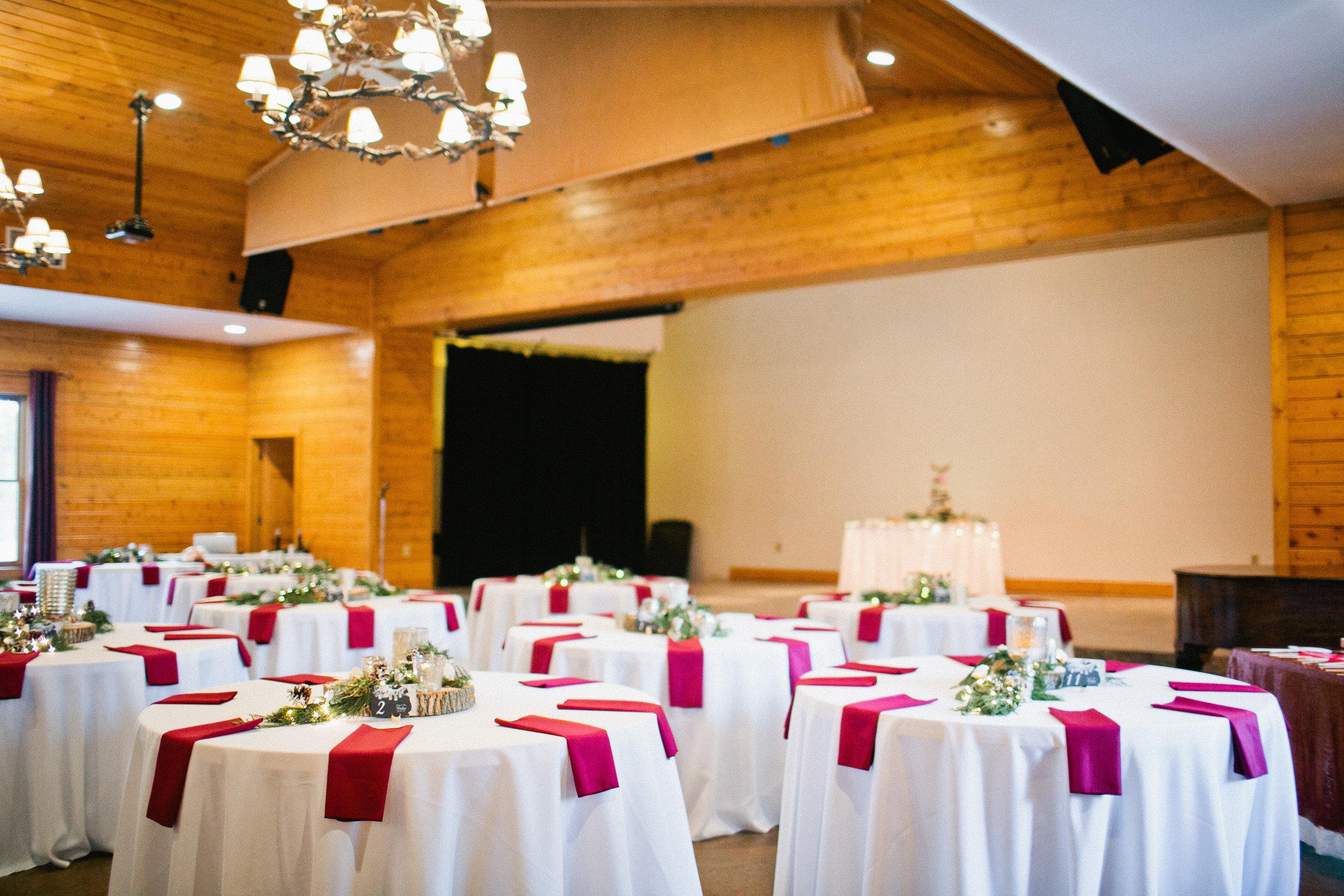elegant winter wedding in colorado lodge