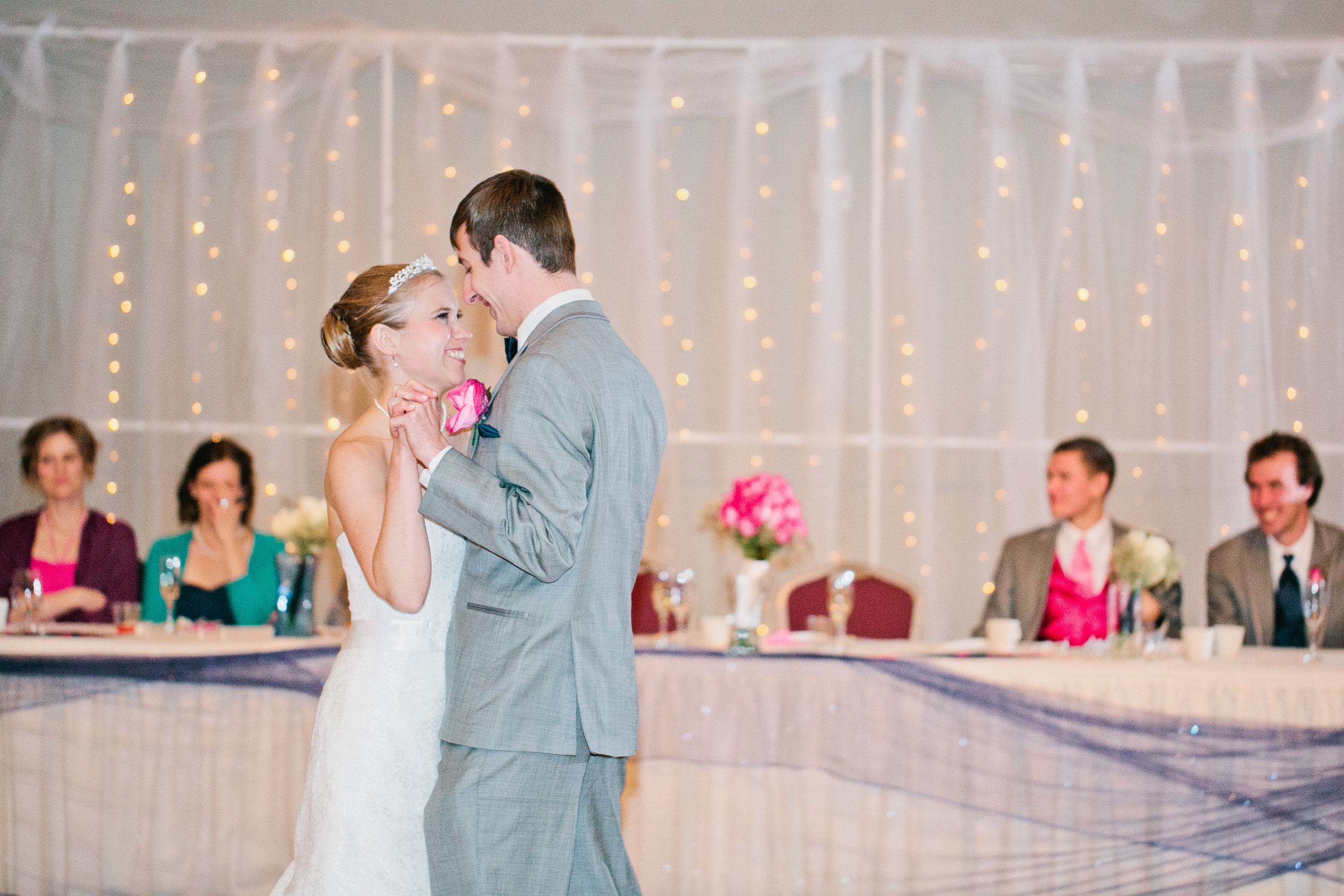 talented-wedding-photographers-Des-Moines