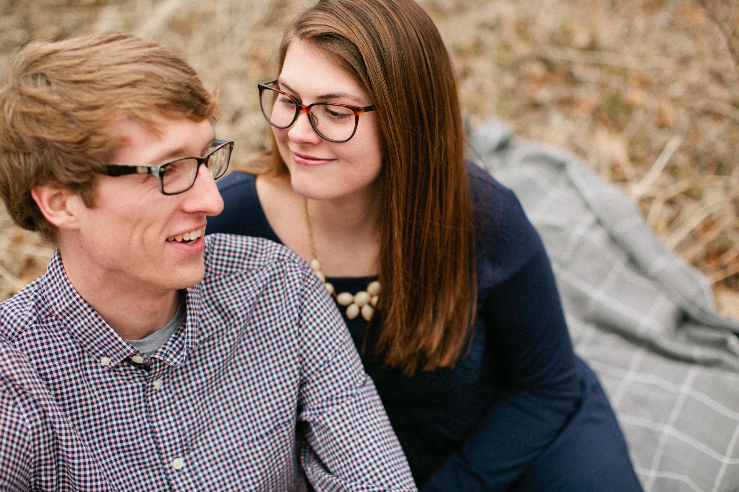 Waverly Iowa Spring Wooded Engagement photos