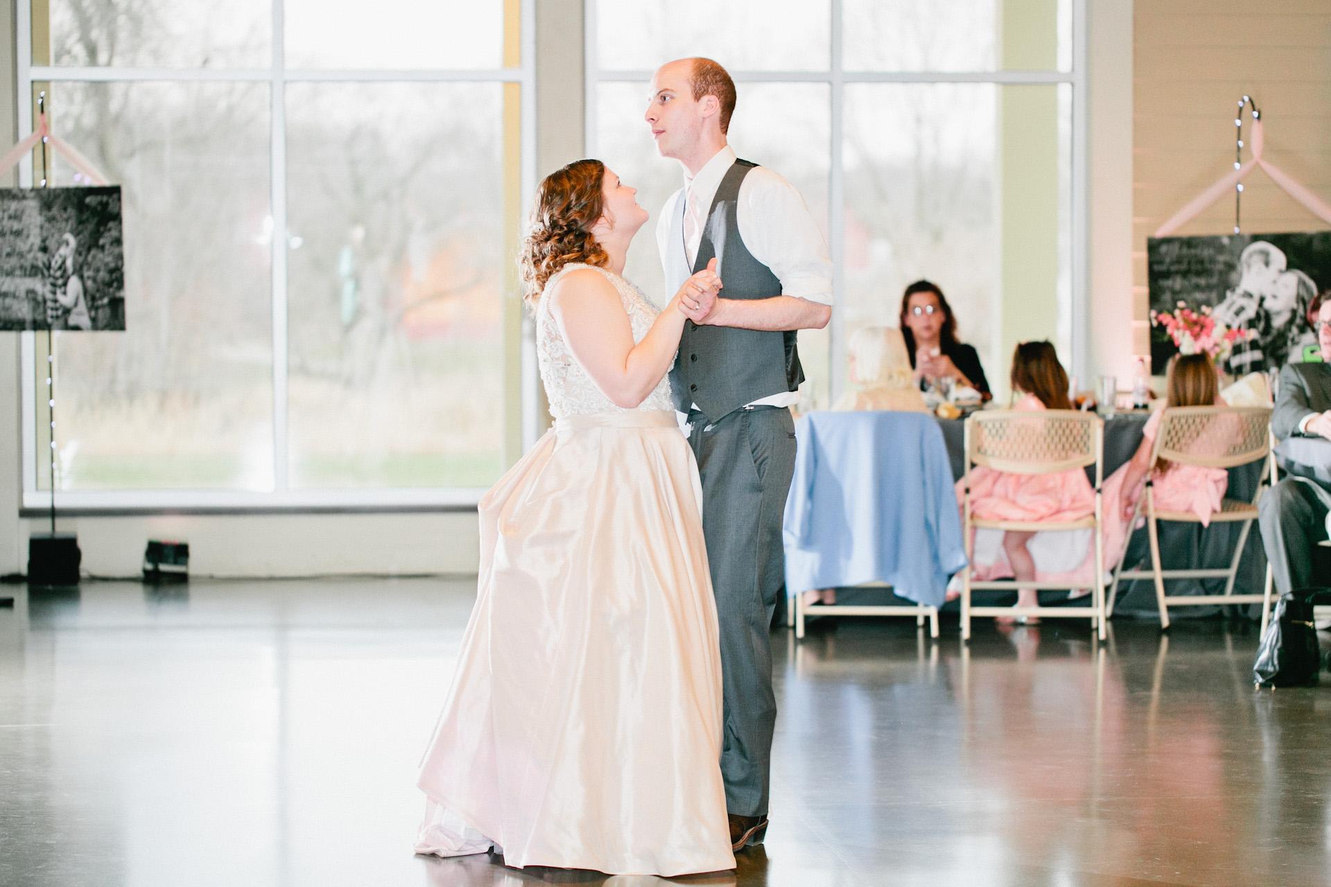 using off camera flash at a wedding reception canon