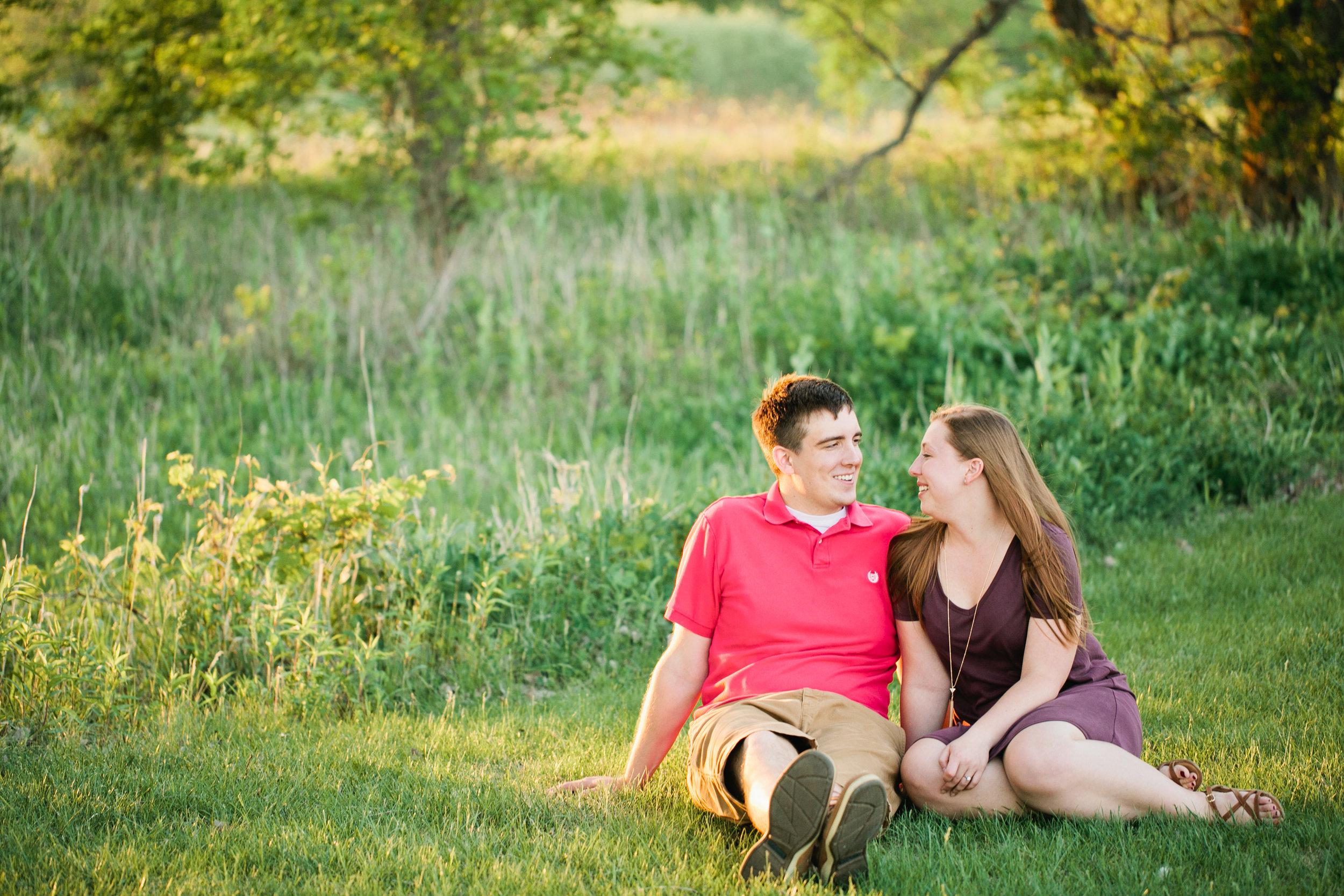 lifestyle-engagement-photos-Iowa