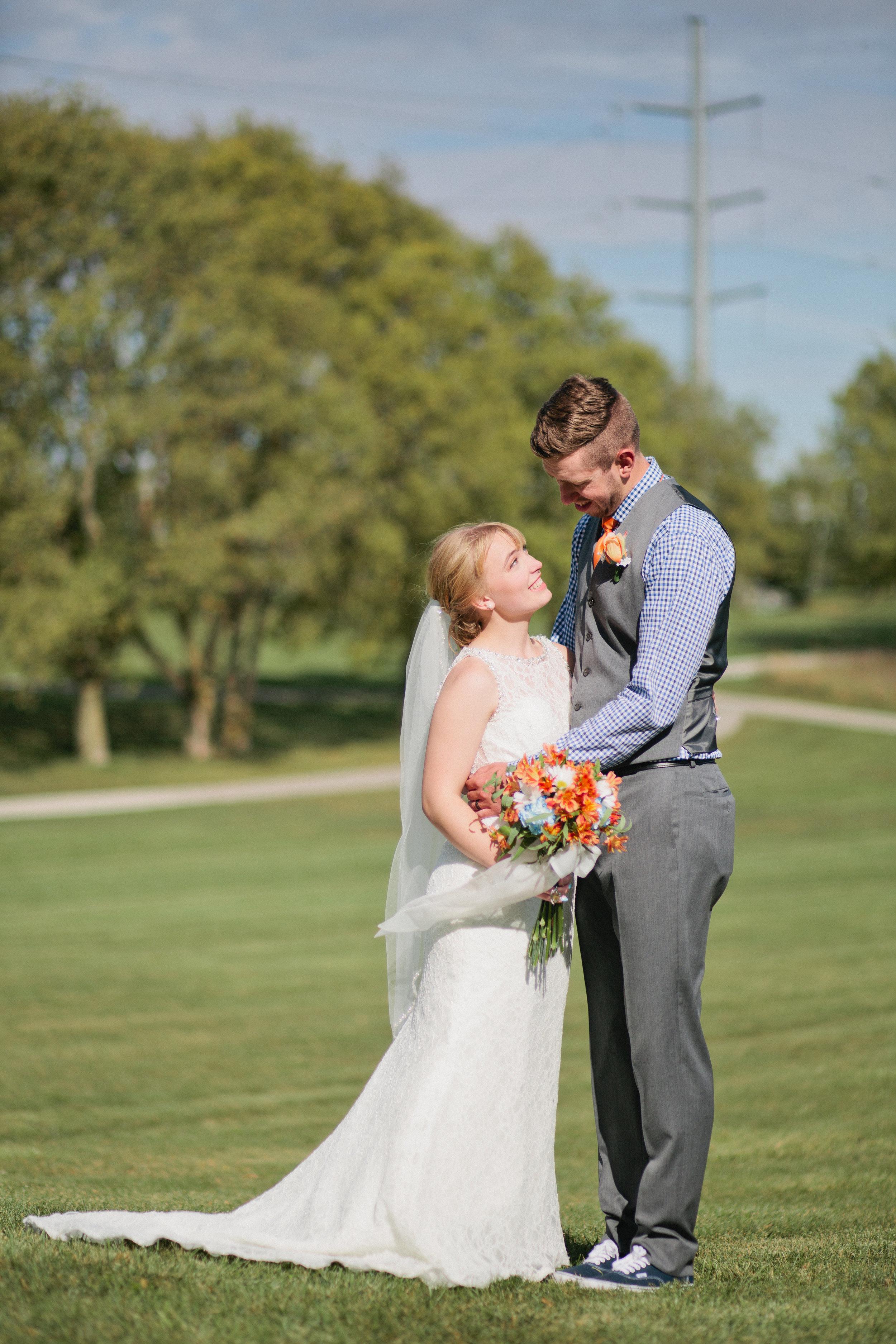 Reiman Gardens Wedding Ames Iowa_Iowa Wedding photographer_