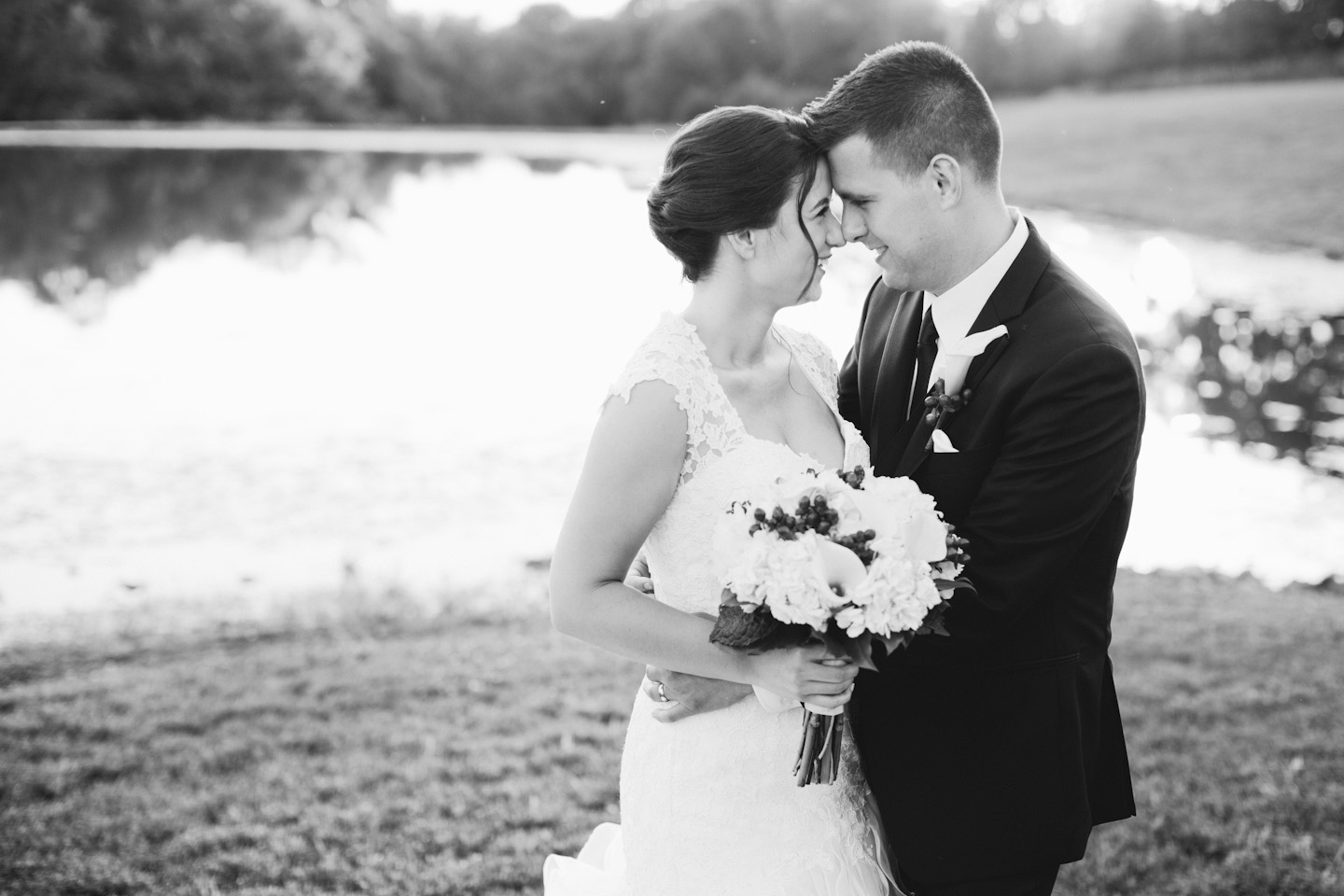 timeless wedding phtoographers in Des Moines Iowa