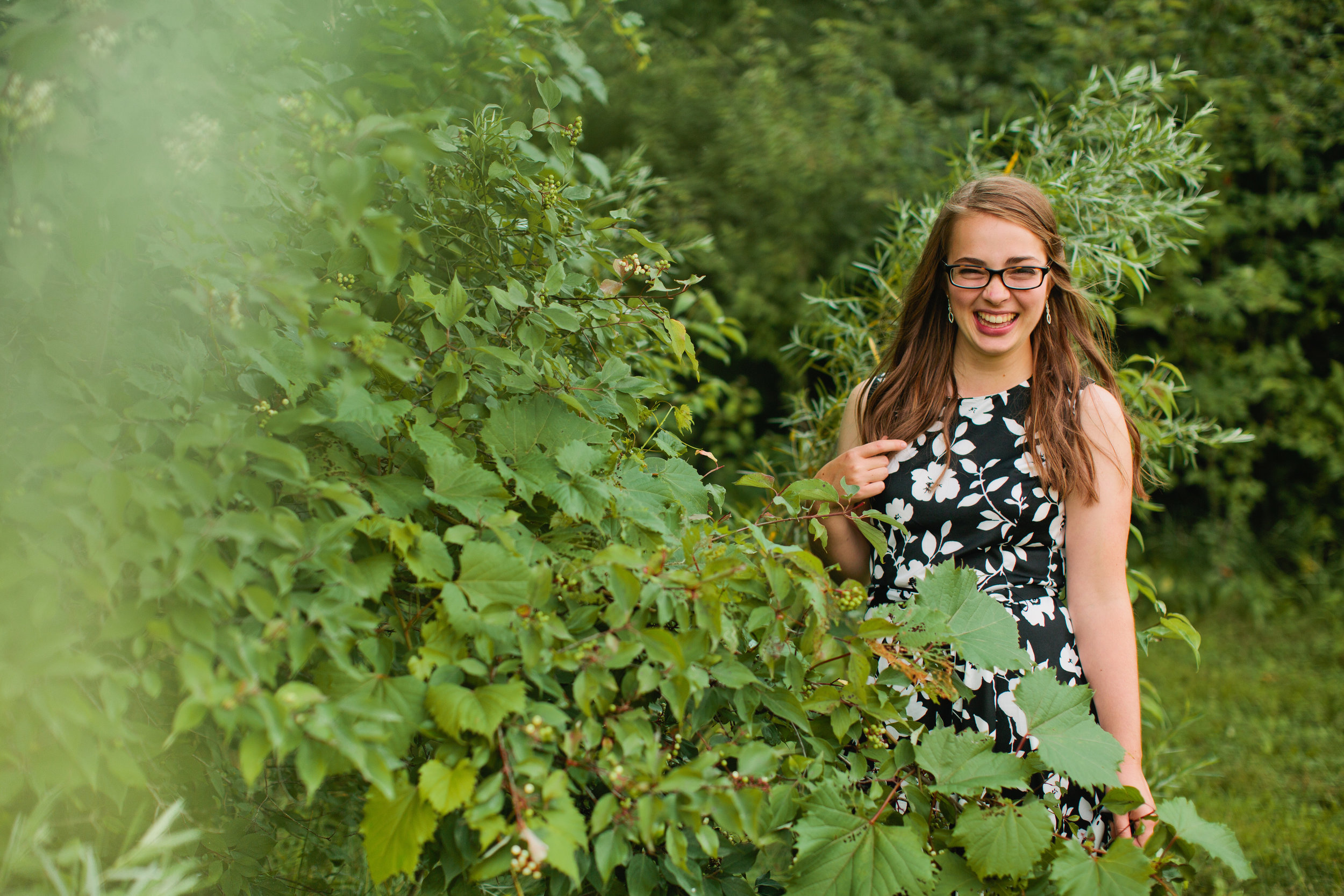 hiking forest senior photo locations in Des Moines