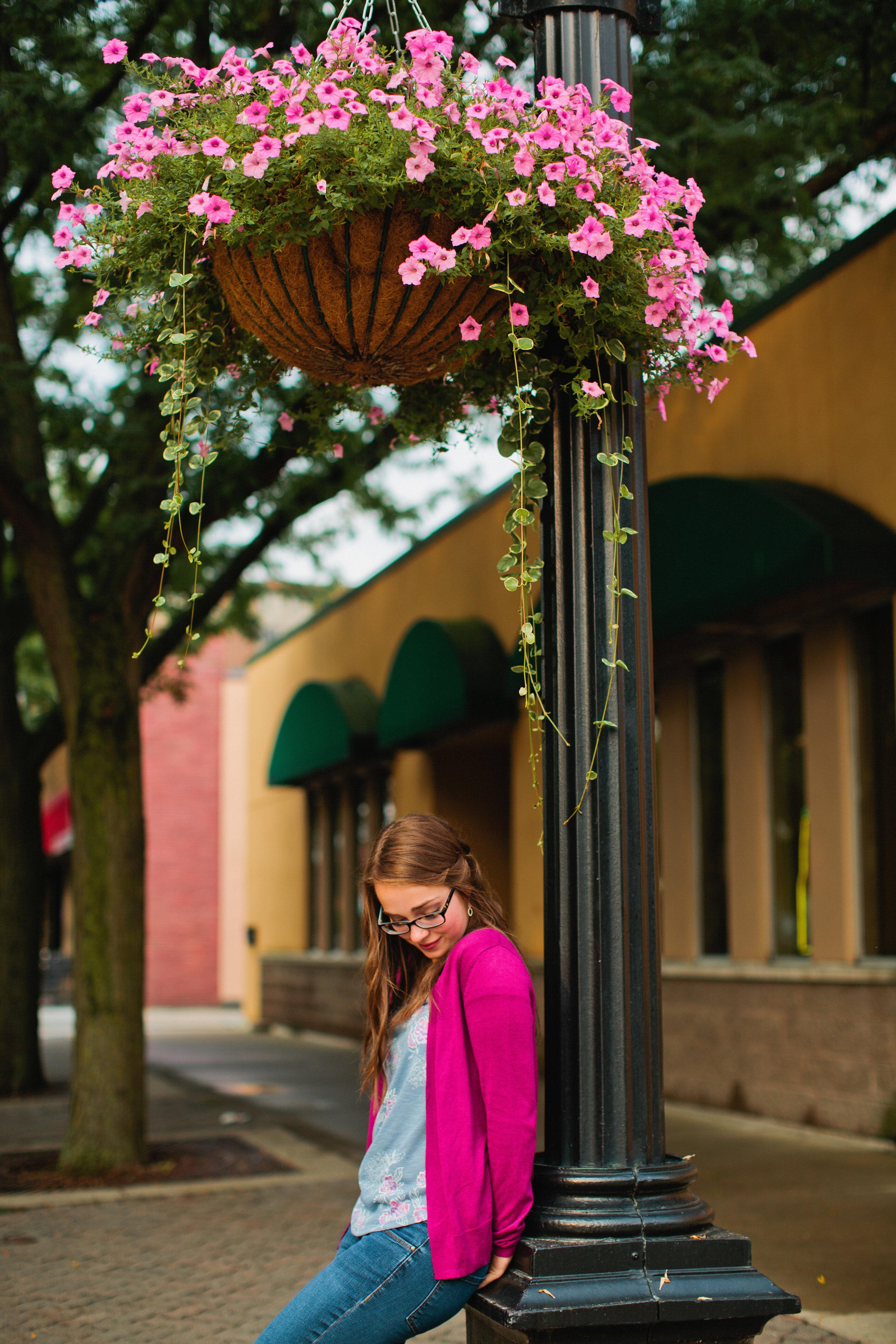 downtown Iowa senior photos