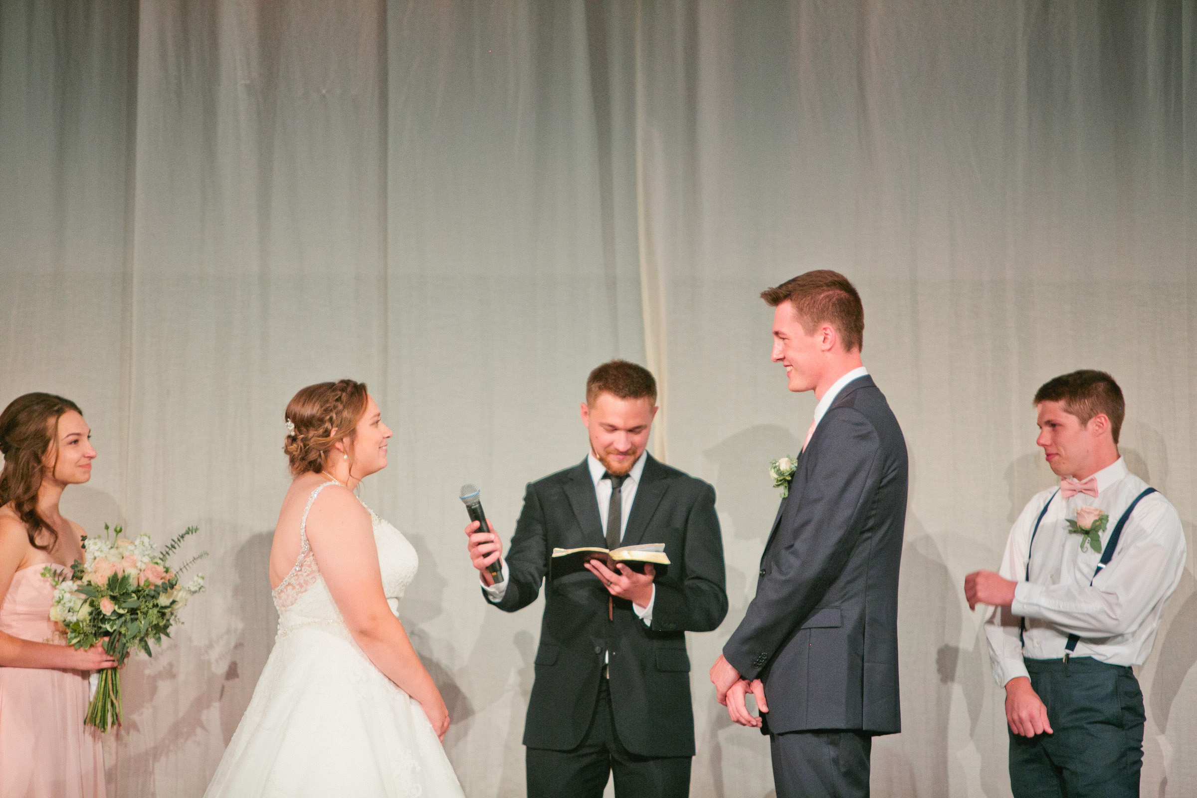 iowa-city-wedding-photographers-amelia