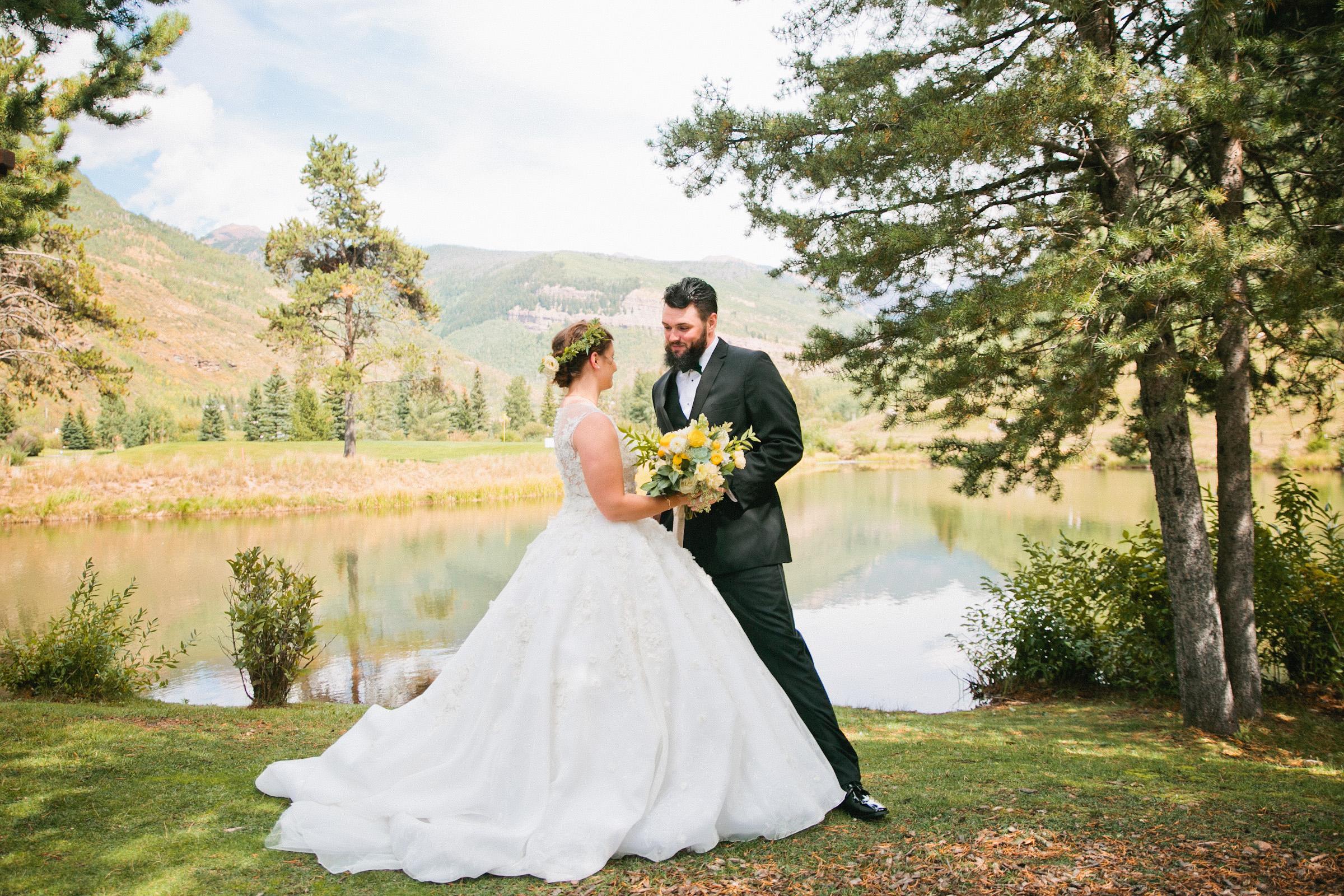 wedding by a mountain lake in colorado wedding photos