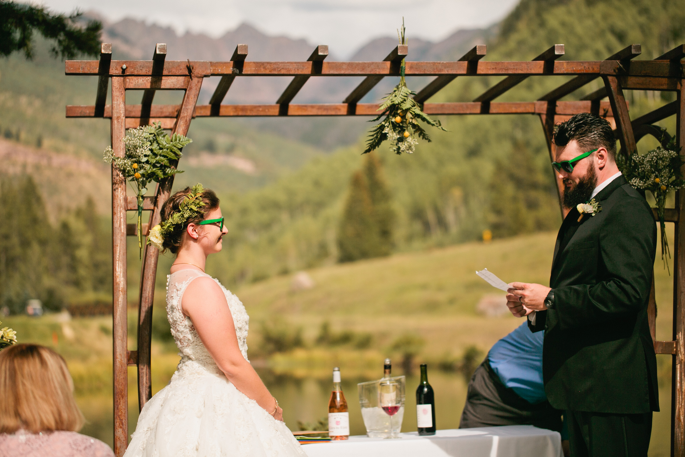 affordable Colorado Mountain wedding pictures