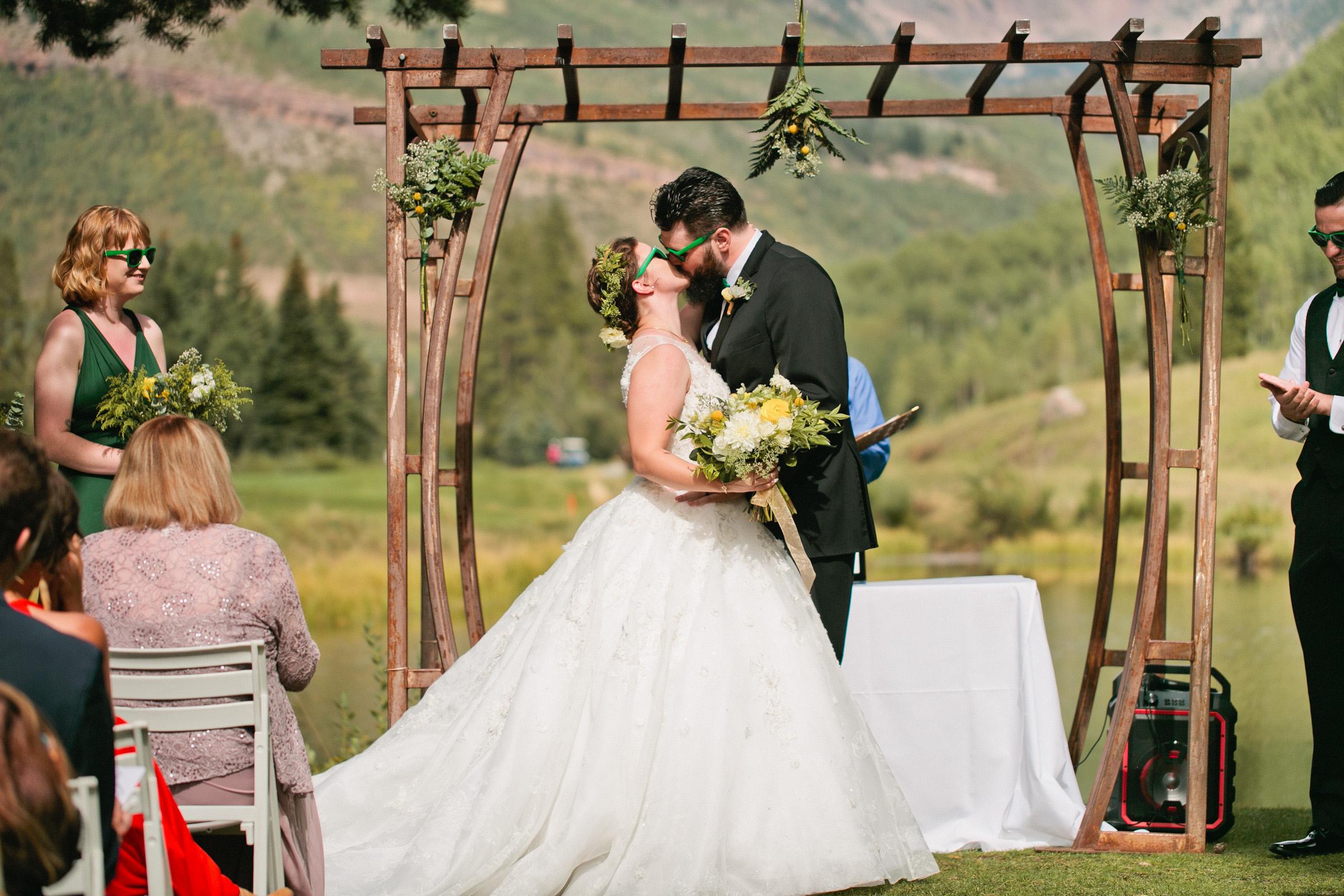 outdoor weddings in Colorado mounatin towns
